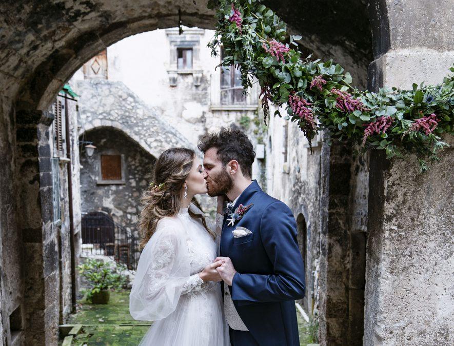 Una giovane coppia sceglie di sposarsi nel borgo di Santo Stefano di Sessanio (AQ)